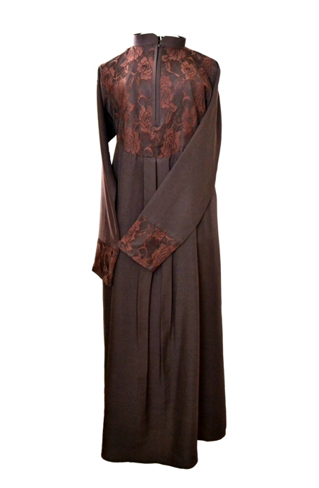 Chocolate & Lace  <p> Slim-Fit Abaya <p> Abaya