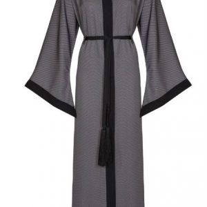 black abaya 1